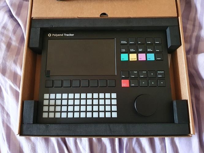TrackerInBox01