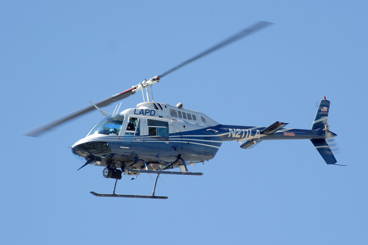 1200px-LAPD_Bell_206_Jetranger